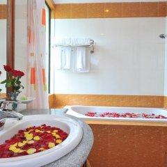 Ayarwaddy River View Hotel ванная фото 2
