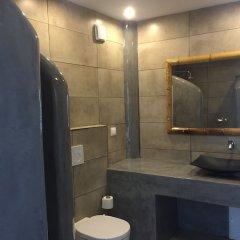 Отель Sea La Vie Beachfront Suites Греция, Остров Санторини - отзывы, цены и фото номеров - забронировать отель Sea La Vie Beachfront Suites онлайн ванная