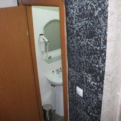 Oz Guven Hotel Турция, Стамбул - отзывы, цены и фото номеров - забронировать отель Oz Guven Hotel онлайн ванная