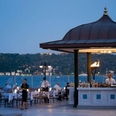 Four Seasons Hotel Istanbul at the Bosphorus бассейн