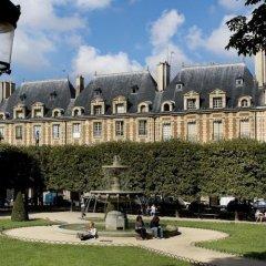Отель Le Pavillon de la Reine Франция, Париж - отзывы, цены и фото номеров - забронировать отель Le Pavillon de la Reine онлайн