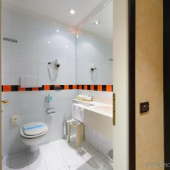 Admiral Art Hotel Римини ванная