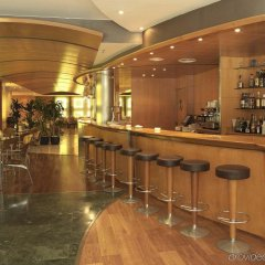 Отель Exe Cristal Palace Испания, Барселона - 12 отзывов об отеле, цены и фото номеров - забронировать отель Exe Cristal Palace онлайн гостиничный бар