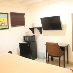 Отель Altamont West Hotel Ямайка, Монтего-Бей - отзывы, цены и фото номеров - забронировать отель Altamont West Hotel онлайн удобства в номере фото 2