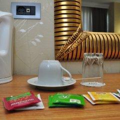 Отель Asia Artemis Suite сейф в номере