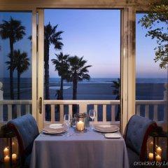 Отель Shutters On The Beach Санта-Моника питание