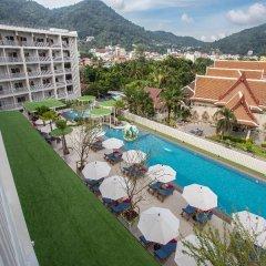 Отель Ramada by Wyndham Phuket Deevana Patong балкон