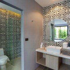 Отель The Lake Chalong Resort ванная фото 2