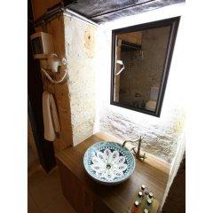 Отель Tepebasi Konaklari ванная фото 2