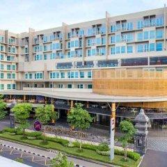 Отель Grand Mercure Yogyakarta Adi Sucipto Индонезия, Слеман - отзывы, цены и фото номеров - забронировать отель Grand Mercure Yogyakarta Adi Sucipto онлайн балкон