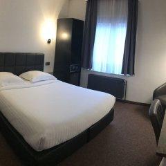 Hotel Chantecler Брюссель комната для гостей фото 3