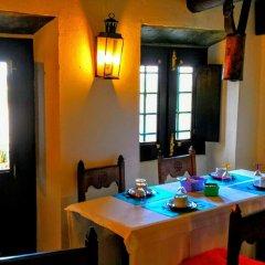 Отель Estalagem de Monsaraz Португалия, Регенгуш-ди-Монсараш - отзывы, цены и фото номеров - забронировать отель Estalagem de Monsaraz онлайн питание
