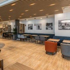 Отель Holiday Inn Express Cologne - City Centre гостиничный бар