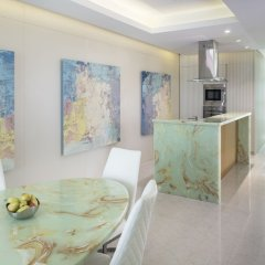 Отель Four Points by Sheraton Sharjah в номере