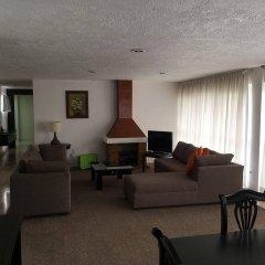 Отель Grupo Kings Suites Alcazar De Toledo Мехико комната для гостей