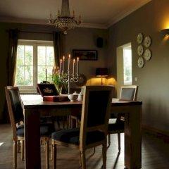 Отель Guest House De Bleker в номере