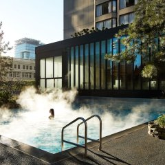 Отель Four Seasons Hotel Vancouver Канада, Ванкувер - отзывы, цены и фото номеров - забронировать отель Four Seasons Hotel Vancouver онлайн бассейн фото 3