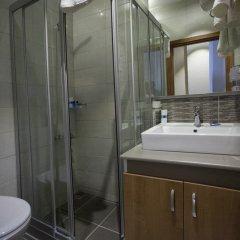 Serene Hotel Турция, Стамбул - отзывы, цены и фото номеров - забронировать отель Serene Hotel онлайн ванная