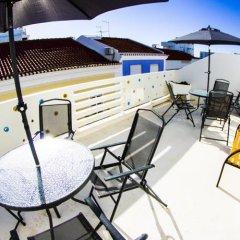 Alameda Hostel бассейн