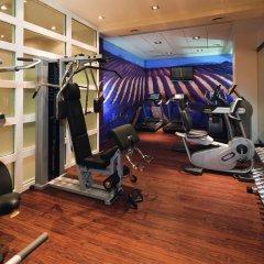 Отель Crowne Plaza Paris - Neuilly фитнесс-зал