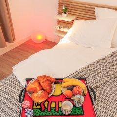 Отель La Salamandre A Nice удобства в номере