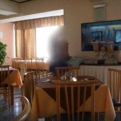 Отель Mavina Hotel and Apartments Мальта, Каура - 5 отзывов об отеле, цены и фото номеров - забронировать отель Mavina Hotel and Apartments онлайн питание фото 2