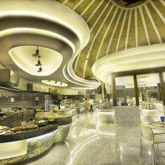Отель Holiday Inn Resort Kandooma Maldives питание