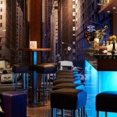 Отель Zurich Marriott Hotel Швейцария, Цюрих - отзывы, цены и фото номеров - забронировать отель Zurich Marriott Hotel онлайн гостиничный бар