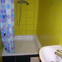 Fabrika Hostel Вильнюс ванная