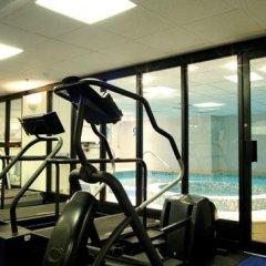 Отель DoubleTree by Hilton London Victoria фитнесс-зал фото 4