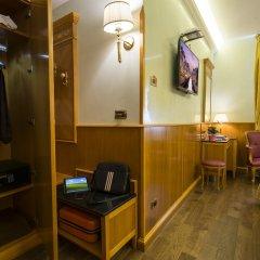 Отель Vittoria Италия, Милан - 2 отзыва об отеле, цены и фото номеров - забронировать отель Vittoria онлайн сейф в номере