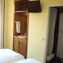 Отель Hostal Roma удобства в номере