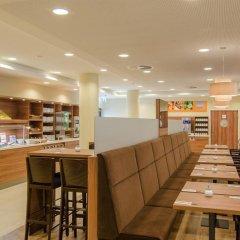 Отель Holiday Inn Express Dusseldorf - City питание фото 2