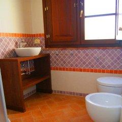 Отель Resort Il Casale Bolgherese Италия, Кастаньето-Кардуччи - отзывы, цены и фото номеров - забронировать отель Resort Il Casale Bolgherese онлайн ванная