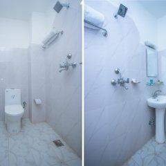 Отель OYO 137 Hotel Pranisha Inn Непал, Катманду - отзывы, цены и фото номеров - забронировать отель OYO 137 Hotel Pranisha Inn онлайн ванная