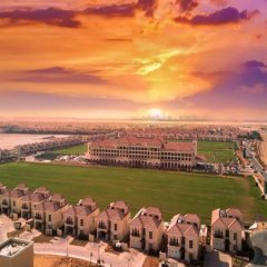Отель Al Habtoor Polo Resort пляж