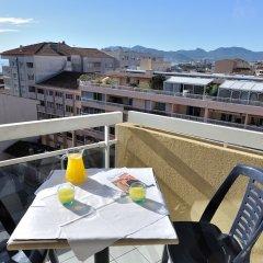Отель ResidHotel Cannes Festival Франция, Канны - 6 отзывов об отеле, цены и фото номеров - забронировать отель ResidHotel Cannes Festival онлайн балкон