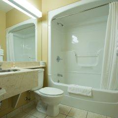 Отель Chateau Repotel Henri IV Канада, Квебек - отзывы, цены и фото номеров - забронировать отель Chateau Repotel Henri IV онлайн ванная