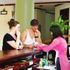 Отель Hong Thien 1 Hotel Вьетнам, Хюэ - отзывы, цены и фото номеров - забронировать отель Hong Thien 1 Hotel онлайн интерьер отеля фото 2