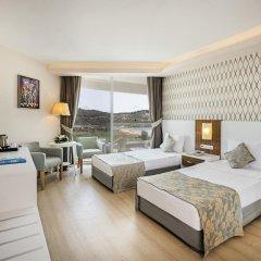 Отель Palm Wings Ephesus Beach Resort Торбали комната для гостей фото 3