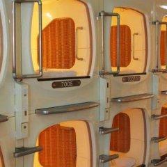 Отель Capsule and Sauna Century Япония, Токио - отзывы, цены и фото номеров - забронировать отель Capsule and Sauna Century онлайн фитнесс-зал фото 3