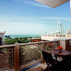 Отель Jumeirah Mina A Salam - Madinat Jumeirah ОАЭ, Дубай - 10 отзывов об отеле, цены и фото номеров - забронировать отель Jumeirah Mina A Salam - Madinat Jumeirah онлайн балкон