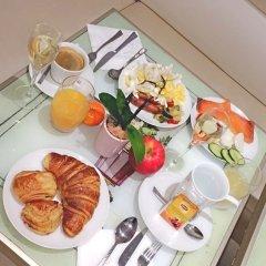 Отель Les Bulles De Paris Франция, Париж - 1 отзыв об отеле, цены и фото номеров - забронировать отель Les Bulles De Paris онлайн питание фото 2