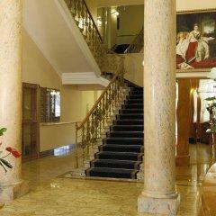 Отель Bristol Palace интерьер отеля