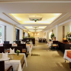 Отель Twin Towers Hotel Таиланд, Бангкок - 1 отзыв об отеле, цены и фото номеров - забронировать отель Twin Towers Hotel онлайн питание фото 2
