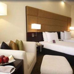 Отель Cinnamon Lakeside Colombo в номере фото 2