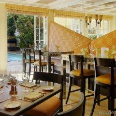 Отель The Mosaic Beverly Hills Беверли Хиллс питание