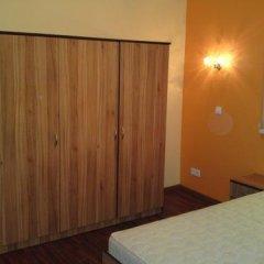 Отель Sveciu Namai Klaipeda Inn Литва, Клайпеда - отзывы, цены и фото номеров - забронировать отель Sveciu Namai Klaipeda Inn онлайн комната для гостей