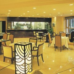 Отель The Bund Hotel Китай, Шанхай - отзывы, цены и фото номеров - забронировать отель The Bund Hotel онлайн гостиничный бар