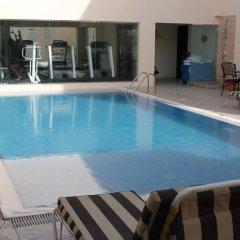 Отель Regent Beach Resort ОАЭ, Дубай - 10 отзывов об отеле, цены и фото номеров - забронировать отель Regent Beach Resort онлайн бассейн